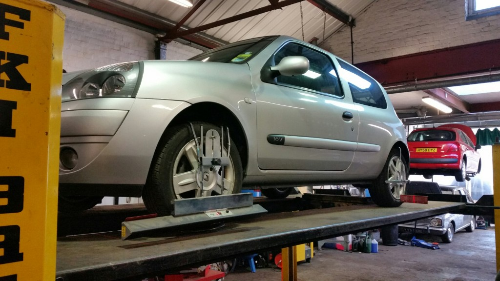 Renault Clio Wheel Alignment